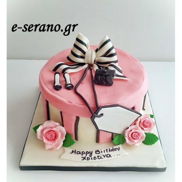 Τούρτα δώρο με  φιόγκο και τριαντάφυλλα