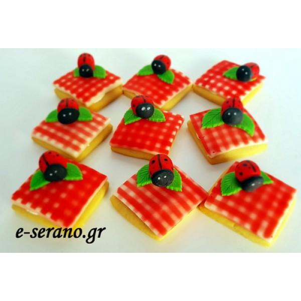 Μπισκότα πασχαλίτσα-πικνίκ